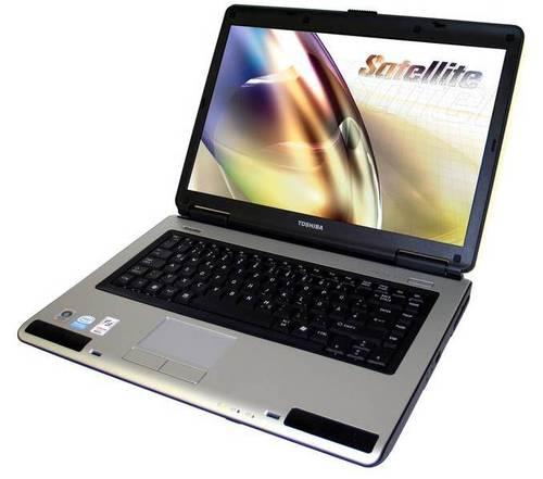 Ноутбук Toshiba Satellite L40 Intel Celeron 520 1.6GHz/DDR2 2Gb/120Gb/Intel GMA 950