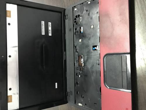 Корпус для ноутбука Toshiba C850-D1R б/у